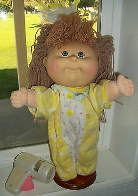 Cabbage Patch Kid Hasbro Crimp N Curl Tan Hair Grn Eyes Dimple Cpk Romper