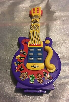The Wiggles Dancing Musical Toy Guitar 2004 - Fully Tested & Working VGC