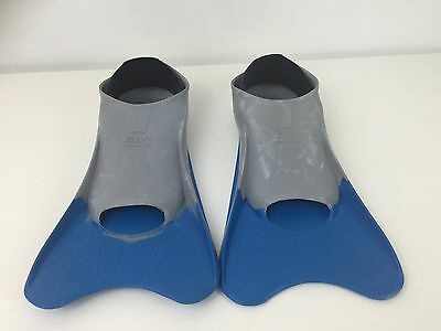 Zoggs Ultra Blue Fins Size UK 1-2 Flippers Swimming Training Blue/Grey