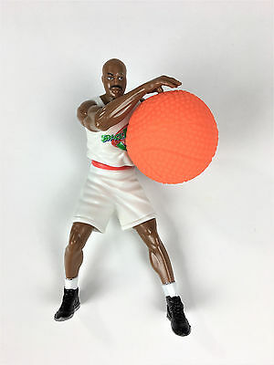 Charles Barkley Space Jam Figure 1996 NBA Looney Tunes Warner Bros Toy and ball