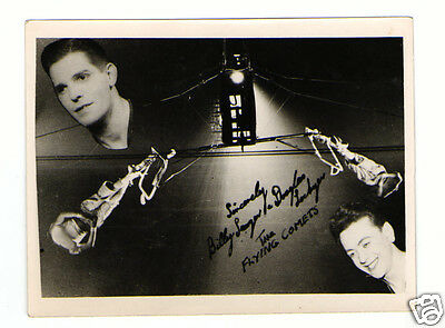 The Flying Comets. Vintage Aerial Act Signed Autograph (PP) Photograph