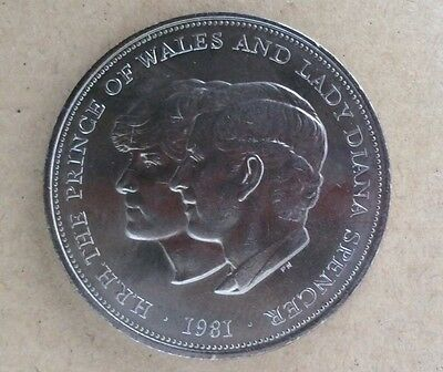 UK Royal Mint 1981 Charles and Diana Wedding Crown coin