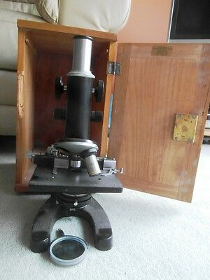 Japanese Microscope in Wooden Box ( needs repair )