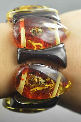 Collectible Decoration Old Amber Inner Inlay Honeybee Auspicious Lucky Bracelet