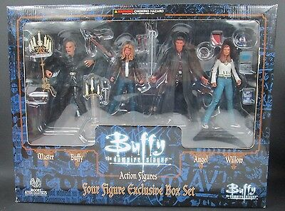 Moore BUFFY THE VAMPIRE SLAYER Action Figues Four Figure Box Set