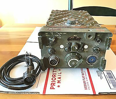 Signal Corps RT-70/GRC Receiver Transmitter Raytheon Manufacturing Co. U.S. ARMY