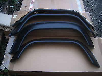 LAND ROVER DEFENDER EXTRA WIDE WHEEL ARCH KIT  NEW (sale price reduced)