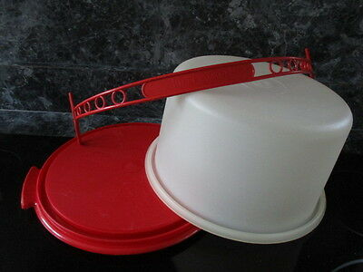 """Vtg Tupperware Tall White Cake Carrier With Red Handle & Base 7"""" Tall Euc"""