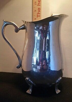 FREE SHIPPING VTG INT. SILVER CO SILVERPLATE CLAW FOOTED PITCHER w/ ice lip