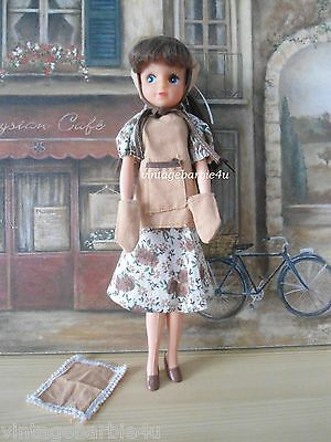 Vintage Sindy Doll Fleur in #1218 Kitchen Outfit Complete European Exclusive