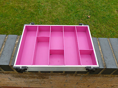 Rive 60mm stacking tray & organisers