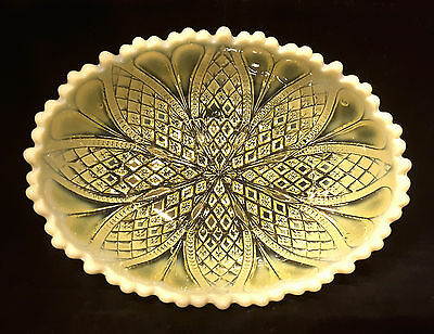 Davidson~William & Mary~Rd:413701~Primrose Yellow~Vaseline Glass~Oval Bowl~Dish