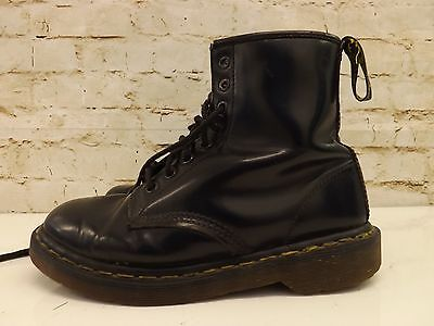 Vintage Docs Made in England Dr Martens Black Leather 8 Hole 1460 Boots Size 6
