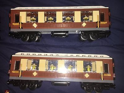 LEGO Instructions for 3 Custom Coaches for the LEGO Emerald Night 10194 Bundle 1