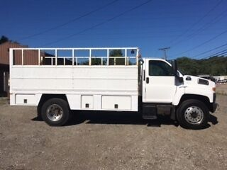 tire service truck/road hazard safety vehicle/lift gate delivery truck