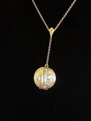 Vintage Gold Plated Chain and Detailed Engraved Locket