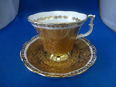 Royal Albert Bone China England Buckingham Series Gold Chintz Cup And Saucer Set