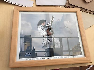 FRAMED SIGNED PHOTOGRAPH OF BRIAN MAY (QUEEN) - Autograph - Buckingham Palace