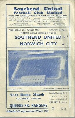 Southend United v Norwich City 1957/58 Third Division Programme - 28/08/1957