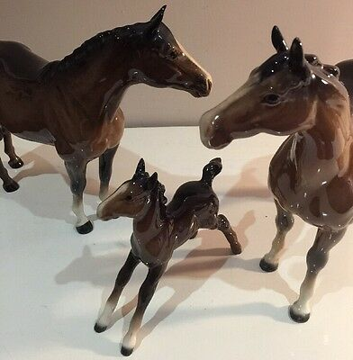 Beswick Horse's Trio Swish Tailed Mare, Stallion, And Foal