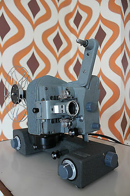 CANON P 8mm REGULAR 8 STANDARD 8 RARE SILENT CINE FILM MOVIE PROJECTOR 50S RETRO