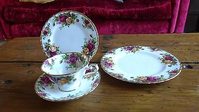 Royal Albert Old Country Roses Breakfast Set (With Avon Shaped Cup & Saucer)