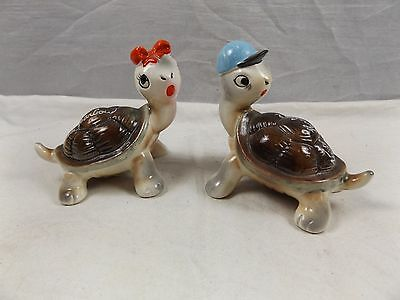 Vintage Tortoises Turtles Salt & Pepper Shakers ~ Lusterware ~ Victor Harbour SA