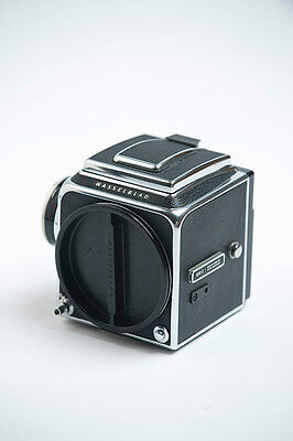 HASSELBLAD 500C Body with acute matte D focus screen and waiste level finder