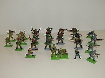 Lot 23 Britains Soldiers Mixed Deetail and Super Deetail Made In England