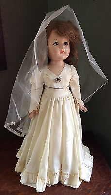 "VINTAGE Effanbee Anne Shirley All Composition Doll 21"" Bridal Gown & Veil"
