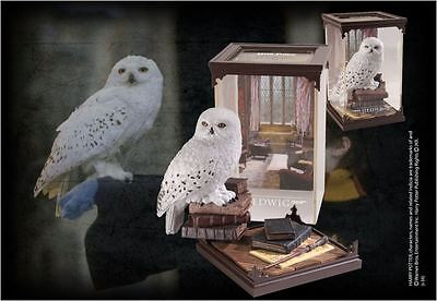 Harry Potter Magical Creatures Statue Hedwig Display Diorama