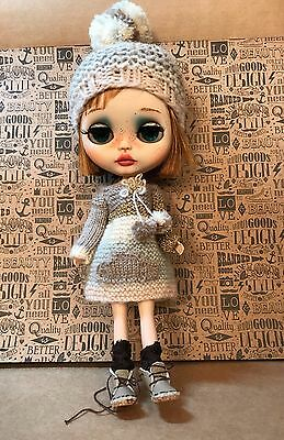Blythe Doll Outfit - Hand Knitted Dress And Matching Bobble Hat