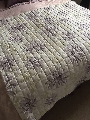 BEDECK quilted bed-cover to fit King Size bed- New