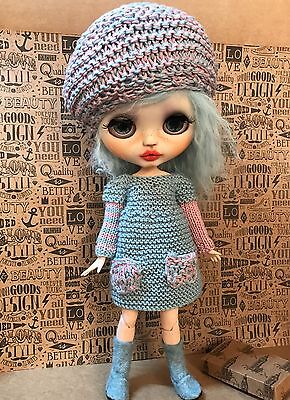Blythe Doll Outfit - Hand Knitted Dress And Matching Beret