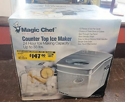 Magic Chef Portable Counter Top Ice Maker 33 Pound MCIM30TS Factory Sealed New