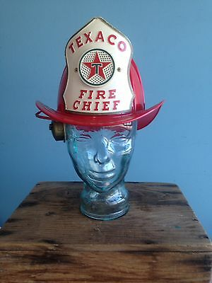 Vintage Collectible Texaco Fire Chief Helmet Red WOW !!!!