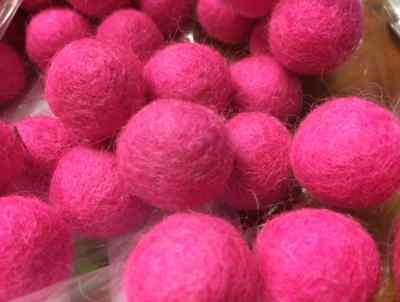 Natural 100% Wool felt balls, hot pink, 2cm, 12 or more, hand felted, Finland