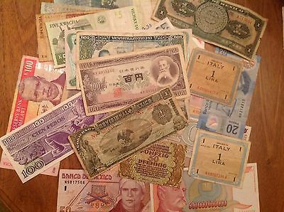 World Currency Foreign Banknotes - Lot of 30 Notes