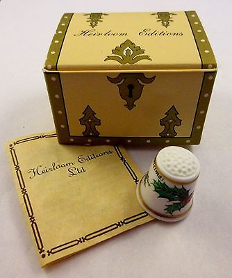 Heirloom Editions 1983 Merry Christmas Porcelain Holly Berries Thimble