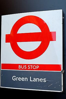 """LONDON TRANSPORT COMPULSORY BUS STOP """" GREEN LANES """" in very good condition"""