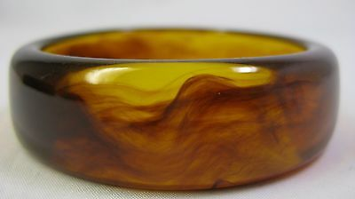 Vintage Apple Juice Lucite Bangle Bracelet With Root Beer Swirls Amber & Brown