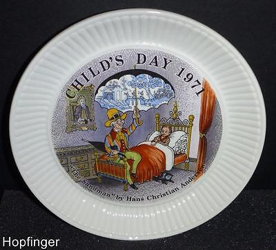 Wedgwood  Queensware Child's Day Plate The Sandman 1971