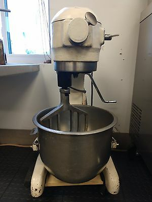 Hobart A-200 20qt. Mixer with Bowl and Beater