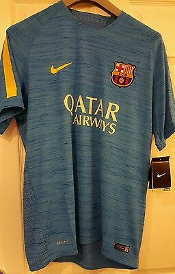 Nike barcelona training top brand new with tags size large