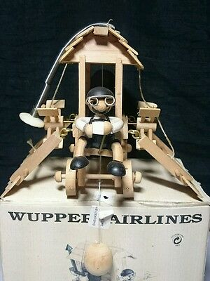 Wupper Airlines ART NO. 3182  Flying House Boxed
