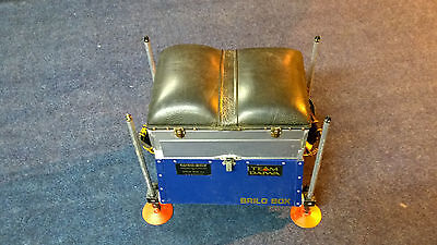 Brilo Fishing Seat Box with Octoplus Legs & Extras