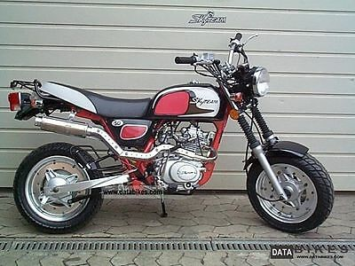 SkyTeam Cobra 125cc Motorcycle ONLY 8.5 Miles
