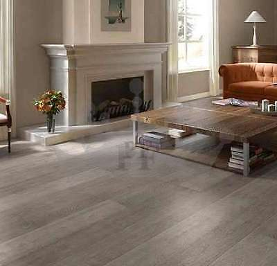 Engineered Oak Flooring Brushed and Lacquered 190mmx18/4mm Wood Floor Hardwood