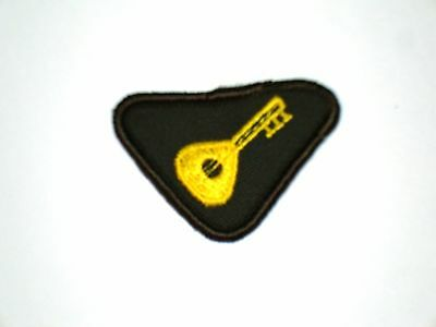 Vintage Brownie MUSICIAN Interest Badge NEW Girl Guide Scout Patch Crest RARE