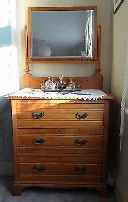 Edwardian Dressing Table with Bevelled Mirror